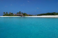 SPA island by Huraa island