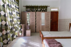 Maldives guest house - double room with extra bed
