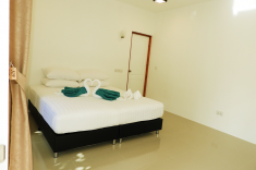 double-bed-room-thoddoo-1