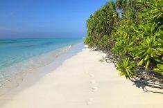 thooddoo-beach-maldives
